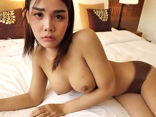 amateur (shemale) ladyboy (shemale)